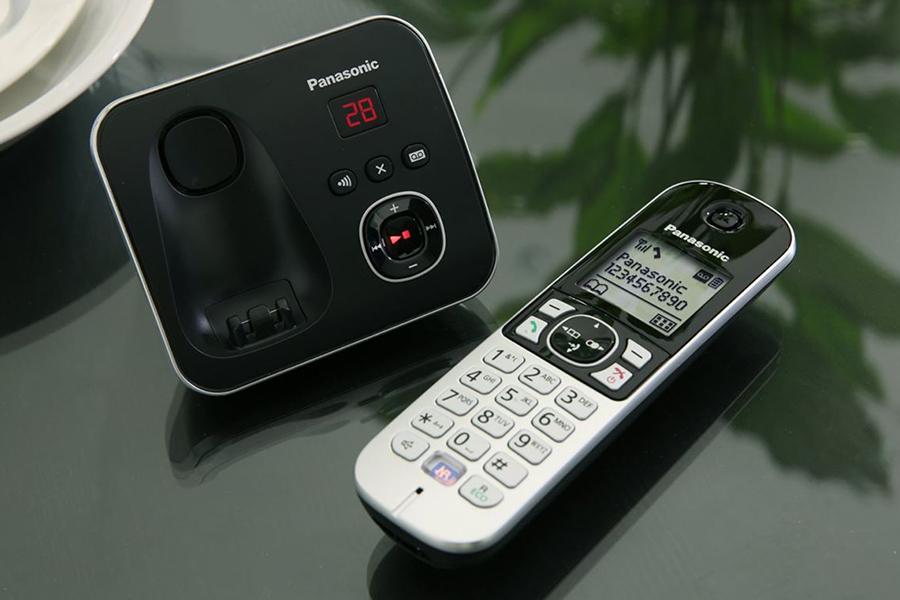 طراحی و ساخت محصول تلفن بيسيم پاناسونيک مدل KX-TG6821